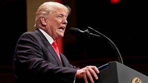 Трамп избил CNN в собственном Twitter с помощью монтажа. Телеканал ответил президенту