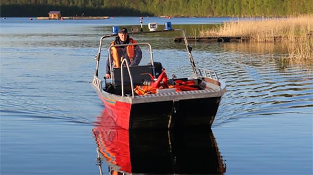 Под Челябинском затонула лодка с детьми на борту. Есть погибшие