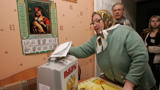 Навальный пообещал 100 тысяч наблюдателей на выборах
