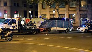 Водитель фургона, протаранившего толпу на Рамбле, опознан среди убитых в Камбрильсе