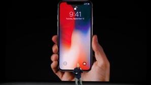 Apple представила iPhone X. Продажи в РФ стартуют 3 ноября. Цена - от 79 990 рублей