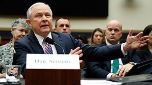 """Генпрокурор США внезапно вспомнил о совещании штаба Трампа на тему """"российских связей"""""""