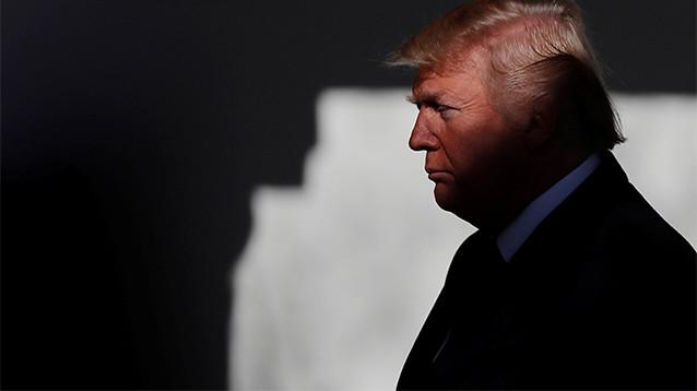 Трамп продлил на шесть лет программу слежки за иностранцами