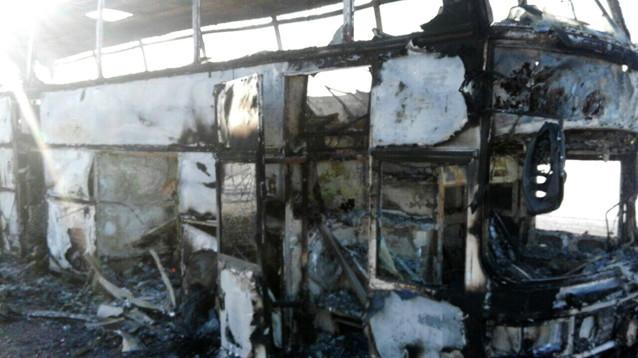 В Казахстане загорелся автобус с пассажирами, ехавшими в РФ, - погибли более 50 человек