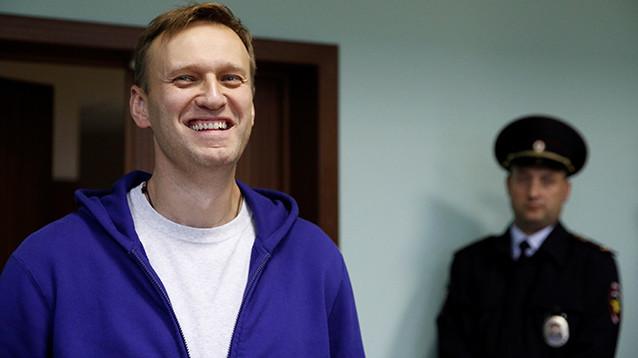 Навального отпустили из полиции без составления протокола