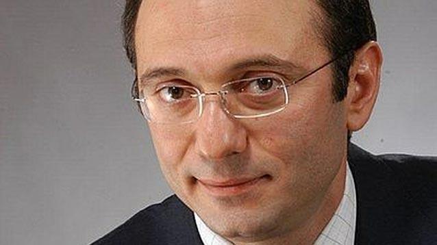 """Керимов опять собирается в РФ и ведет переговоры о приобретении банка """"Возрождение"""""""