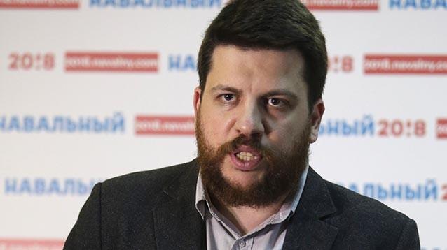 Суд арестовал главу штаба Навального на 30 суток