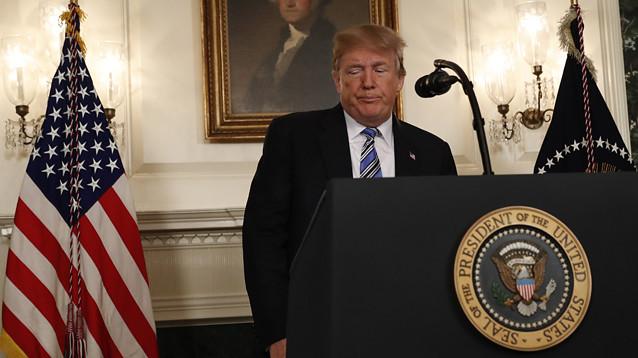 Трамп в обращении к нации после бойни в Паркленде не сказал ни слова о контроле над оружием