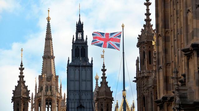 В Лондоне богатых россиян (и не только) спросят про деньги