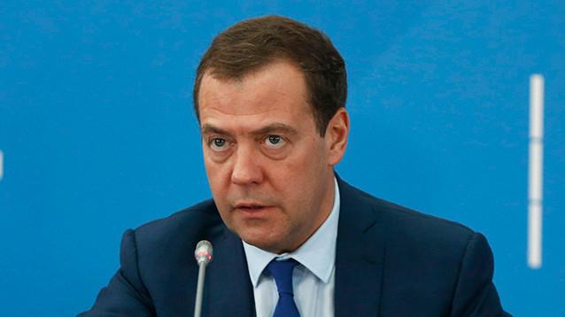 Медведев назвал постыдным решение МОК о недопуске оправданных россиян на Игры-2018