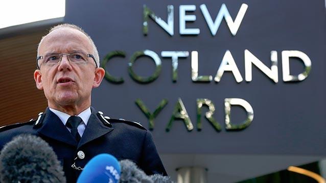 Британская полиция подтвердила: Скрипаля и его дочь пытались убить путем отравления