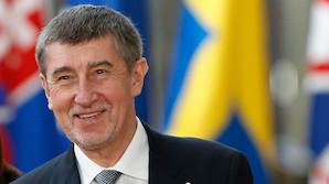 Премьер Чехии готов высылать дипломатов РФ из-за отравления Скрипаля