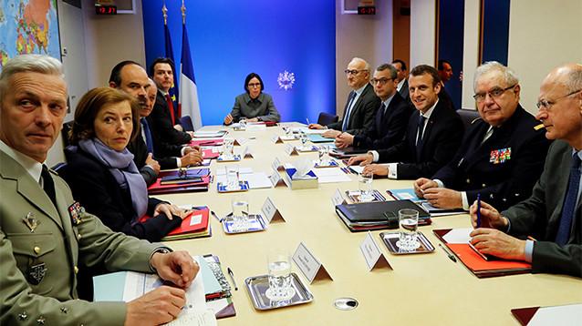 Франция в понедельник представит новый план урегулирования кризиса в Сирии
