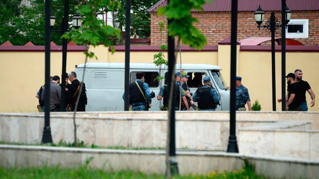 Боевики попытались захватить прихожан в храме Грозного: есть погибшие