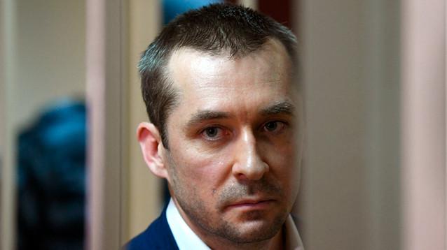 Полковник Захарченко просит вернуть миллиарды и золото, переставшие быть вещдоками