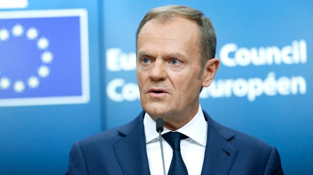 Дональд Туск призвал ЕС и G7 вступиться за режиссера Сенцова, голодающего в колонии