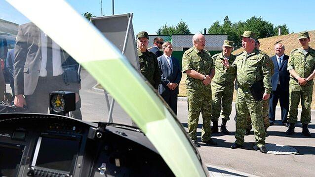 """Лукашенко пригрозил """"ответить"""" России закрытием границы"""