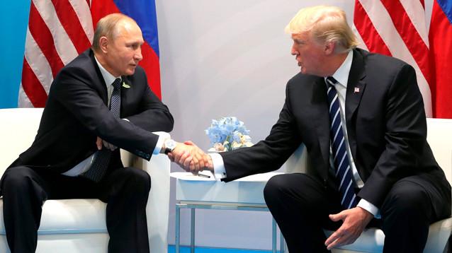 Болтон: встреча Путина и Трампа в Париже будет недолгой