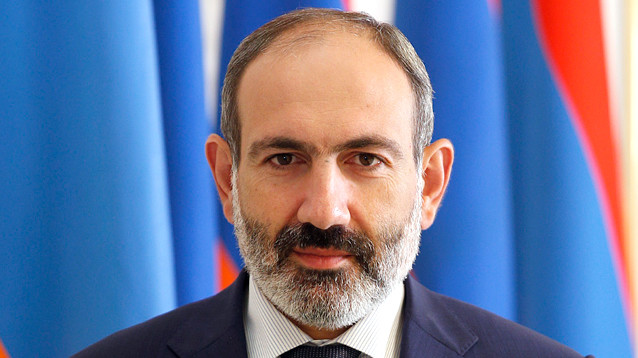 Премьер Армении ушел в отставку, чтобы добиться внеочередных выборов