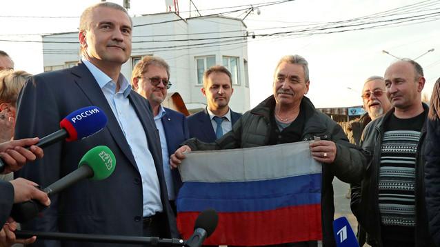 """Экипаж задержанного на Украине судна """"Норд"""" вернулся в Крым. Все, кроме капитана"""