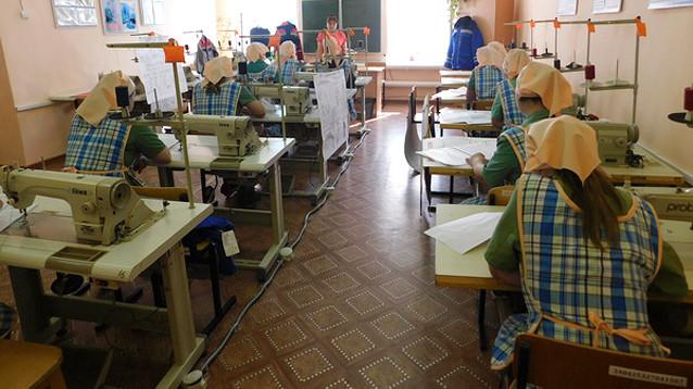 Начальство женской колонии в Мордовии поплатилось работой за рабский труд осужденных