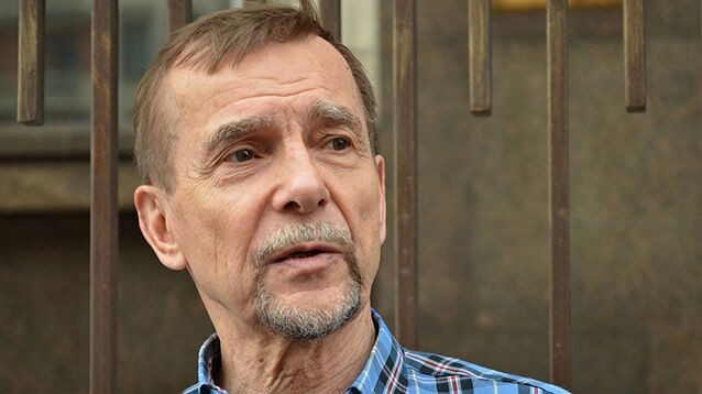 77-летнему Пономареву дали 25 суток ареста за призыв поддержать арестованную молодежь