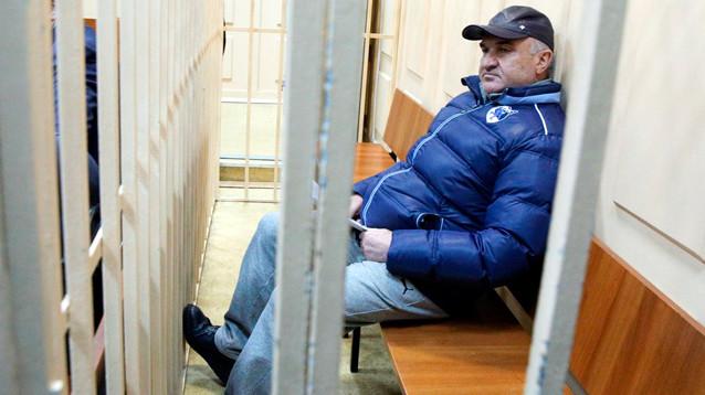 """Следователи обещают """"докопаться"""" до чиновников, связанных с кланом Арашуковых"""