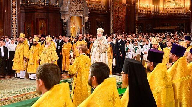 Православные отмечают Рождество Христово и начало Святок