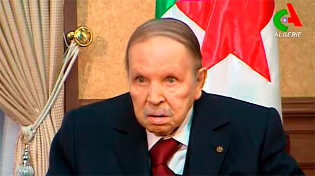 Президент Алжира, передвигающийся в инвалидном кресле, решил  не выдвигаться на новый срок