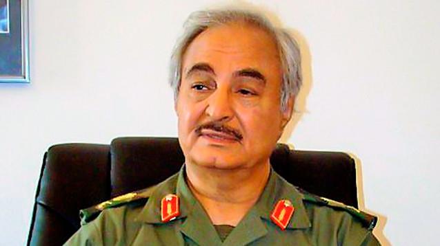 Правительственные силы Ливии объявили о контрнаступлении против Хафтара, ему самому пригрозили арестом