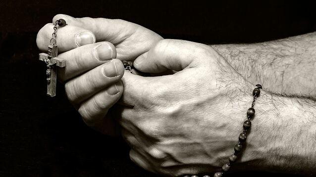 Христиан назвали самыми гонимыми среди верующих, местами доходит до геноцида