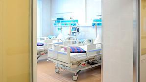 Россиянам разрешили  посещать больных родственников в реанимации