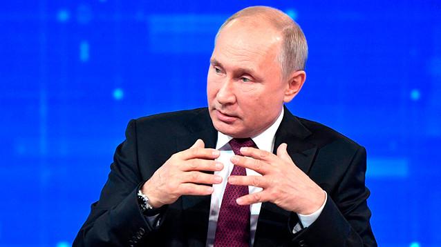 """17-я """"Прямая линия"""": россияне ждали """"позитива"""" и обещаний. Дождались - Путин чуть не заплакал, ему было стыдно"""