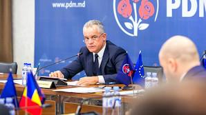 Лидеры Демпартии Молдавии бежали из страны на чартерах и частных самолетах (ВИДЕО)