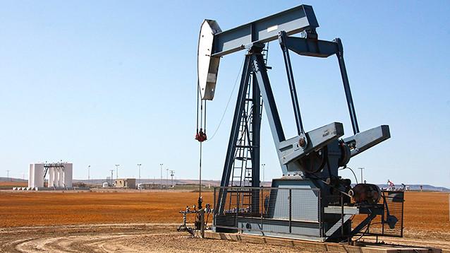 """Неизвестные нефтяникам компании, связанные с """"поваром Путина"""", займутся нефтедобычей в Сирии"""