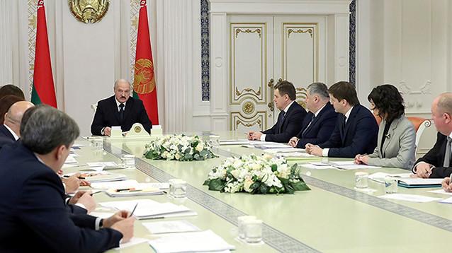 """Лукашенко обвинил российских """"людей во власти"""" в создании антибелорусских фейков"""
