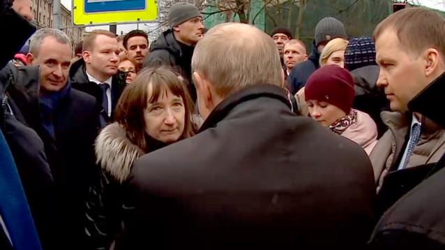 Семью поговорившей с Путиным петербурженки осыпали благами: работа, ремонт, санаторий