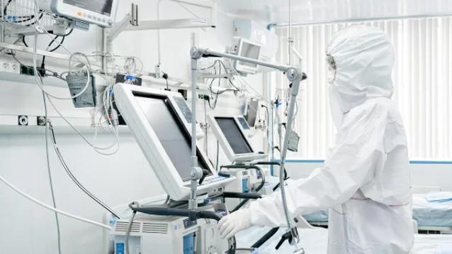 В Москве на семи пациентах с COVID-19 опробовали многообещающий метод лечения