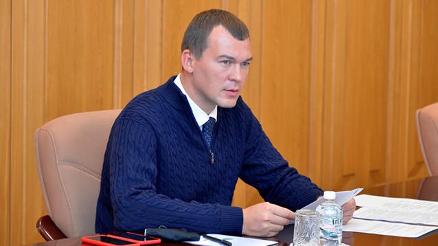 Дегтярев хочет вернуть подчиненным право летать в командировки бизнес-классом за счет бюджета