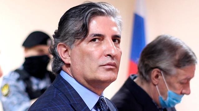 Неудачно защищавшего Ефремова адвоката Пашаева лишили статуса