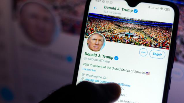 Twitter запретила желать смерти Трампу после того, как твит о его диагнозе собрал 1,8 млн лайков