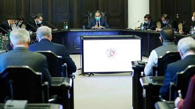 Премьер Армении заявил, что перемирия в Карабахе нет