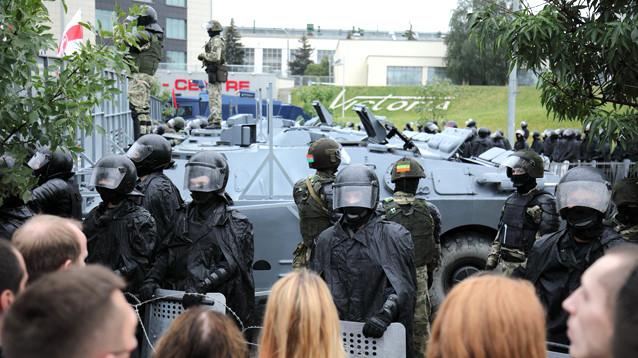"""Расследование """"Медиазоны"""": при разгоне протестов в Минске пострадали 1376 человек"""